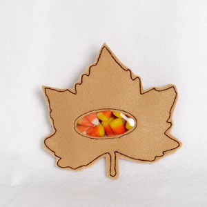 Maple Leaf Candy Pouch ITH